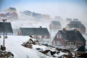 Salju berterbangan dihembus badai. Photo credit: Mads Phil, VG
